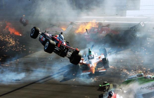 Σύγκρουση στο παγκόσμιο πρωτάθλημα IZOD IndyCar
