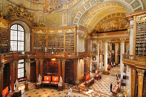 Η Εθνική Βιβλιοθήκη της Αυστρίας.